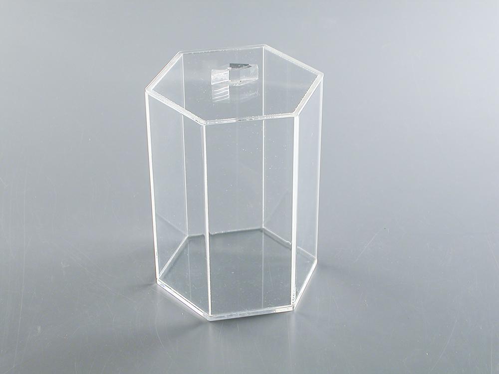 Caixa de acrílico com 6 lados