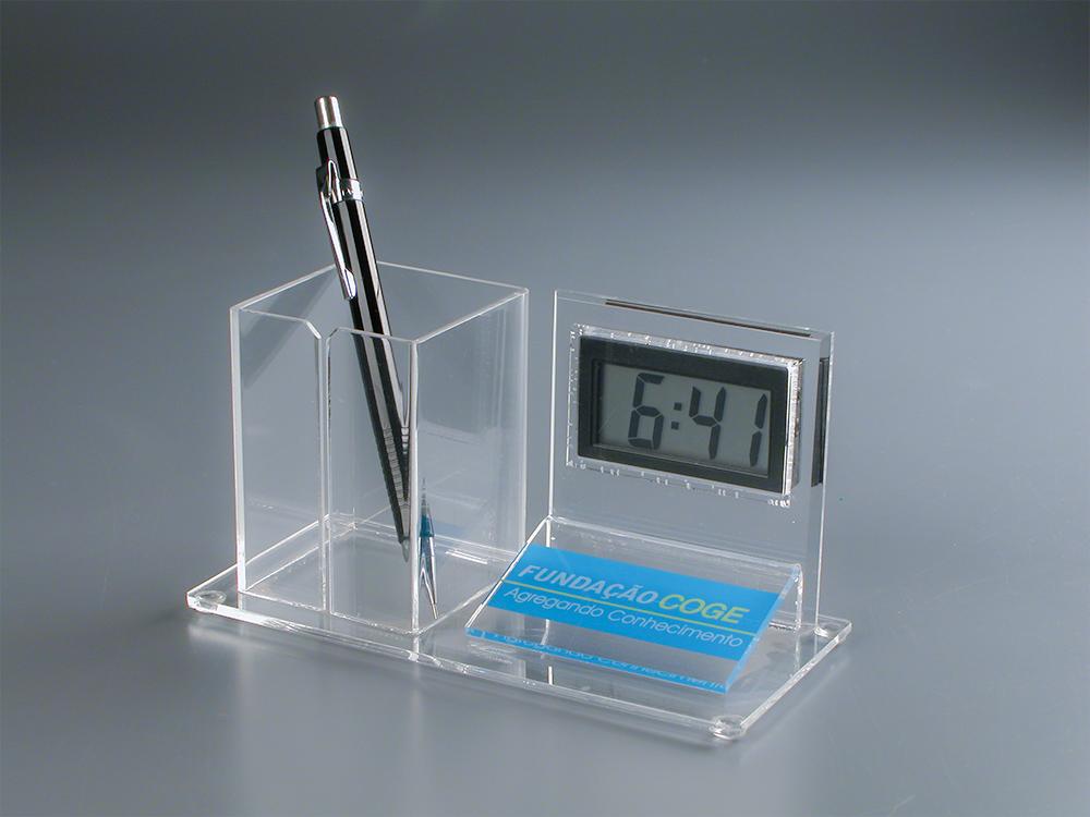 Porta caneta de acrílico com relógio digital